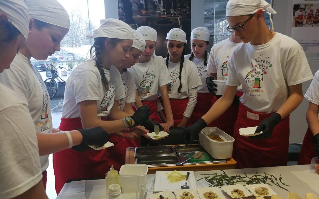 Naši mladi kuharski mojstri v prejšnjem tednu kar dvakrat vihteli kuhalnice in se odlično predstavili